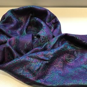New 100% Silk Patterned Scarf